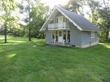 Wapello county Iowa home on 5 acres for sale.